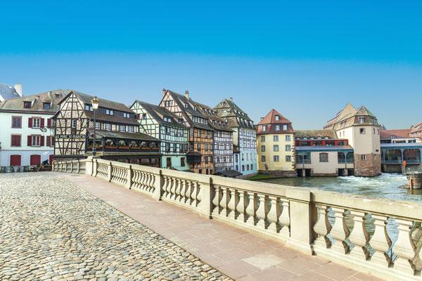 Strasbourg, bridge Ponts St. Martin with old half timbered houses Copyright  Jorg Hackemann