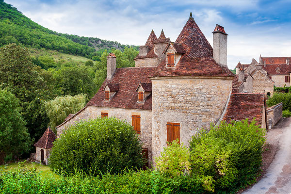 Medieval stone houses in the beautiful village of Autoire, region Languedoc-Roussillon-Midi-Pyrenees, department Lot, France - Copyright duchy