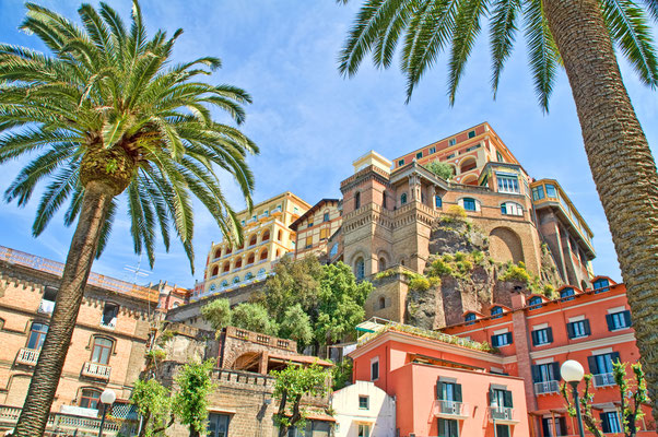 Historic hotels in Sorrento, Italy - Copyright J.Schelkle