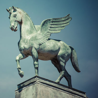 statue of pegasus on the roof of opera in poznan poland Copyright Curioso