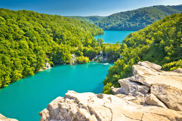 Turquoise water of Plitvice lakes national park in Croatia by xbrchx