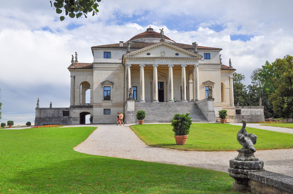 The Villa La Rotonda aka Villa Capra in Vicenza Italy was designed by Palladio in 1567 Copyright s74