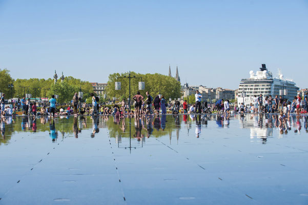 Bordeaux - Miroir d'eau - Credit Vincent Bengold - European Best Destinations