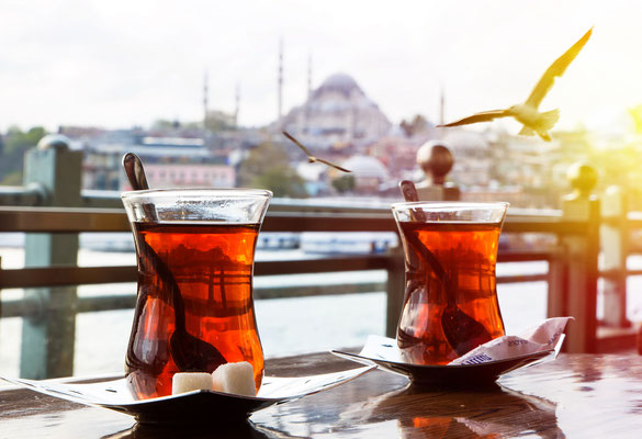 Turkish tea cup on the background of port in Istanbul - Copyright Seqoya