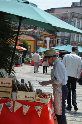 The Porto Belo Market, every saturday in Porto, Portugal © European Best Destinations