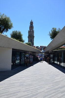 Passeio dos Clérigos, Porto © European Best Destinations