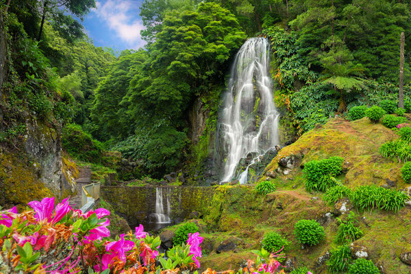 Veu da Noiva waterfall, Sao Miguel island, Azoresl - by bbsferrari