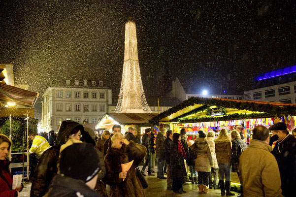 Würzburg Christmas Market - Copyright TVF_FWL_Hub_Wuerzburg Wurzburg.de  - European Best Destinations
