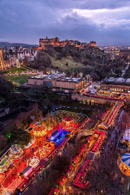 Edinburgh Christmas market - Copyright @snapsbyshirin