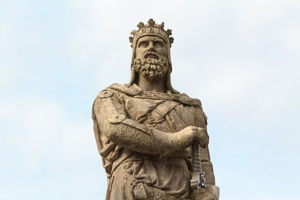 Robert the Bruce, king of Scots; stone statue in front of Stirling castle. Scotland Copyright kyrien