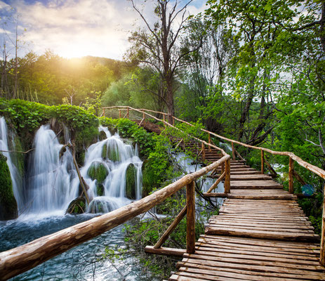 Waterfalls and sunshine in Plitvice Lakes National Park by Marta Paniti