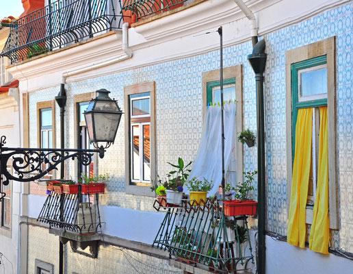 Facade of old house in Alfama district, Lisbon - Arsenie Krasnevsky