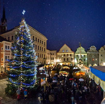 Best Christmas Markets in Europe - Cesky Krumlov Christmas Market - Copyright ©Town Český Krumlov - Photo Lubor Mrázek