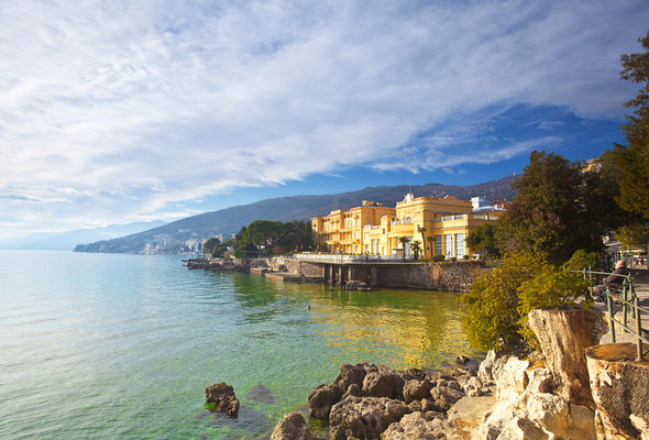 Opatija seaside by Phant