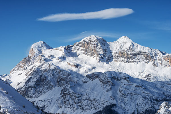 Cortina d'Ampezzo - European Best Ski Resorts - Copyright Simone De Cillia