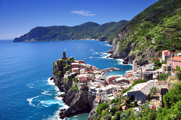 Cinque Terre - European Best Destinations - Vernazza fishermen village copyright Razvy