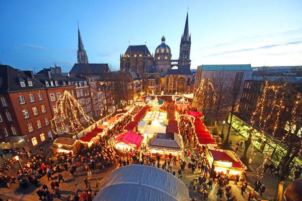 Aachen Christmas market, weihnachtsmarkt - Copyright Aachen Tourism / andreas_steindel