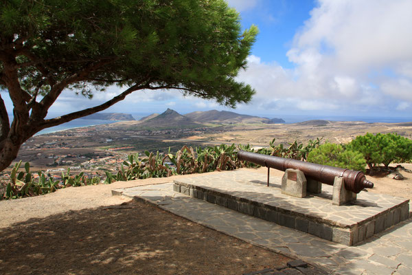 Porto Santo overview from Pico do Castelo