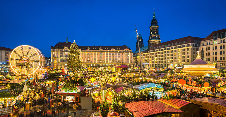 Christmas market in Dresden, Germany - By Mapics