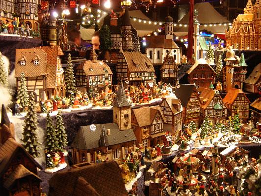 Aachen Christmas Market - Copyright  harry_nl