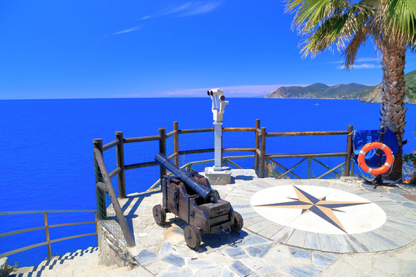 Cinque Terre - European Best Destinations - Manarola in Cinque Terre - Copyright Inu