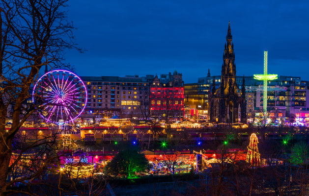 Edinburgh Christmas market - Copyright Kalamurza