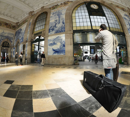 Sao Bento Train Station Porto © European Best Destinations
