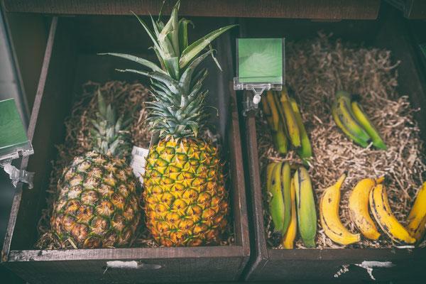 Tahiti market copyright Maridav