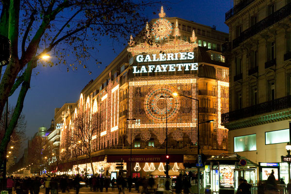Paris Christmas City Break - Copyright Paris Info - European Best Destinations