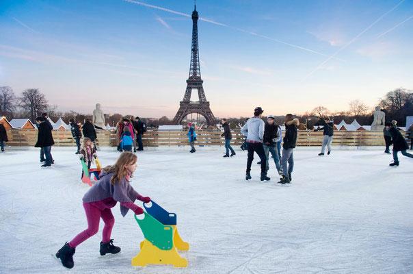 Best Christmas Market in France - Paris Christmas Market - Christmas in Paris - Copyright Paris.info