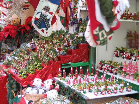 Barcelona Christmas Market Copyright Anna Barcelona