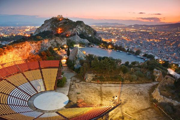 Athens-Greece © Milan Gonda / shutterstock.com