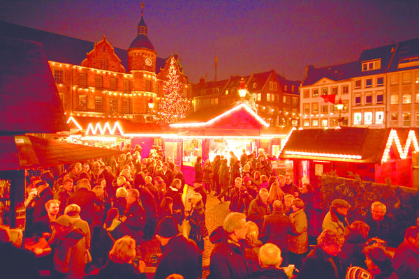Best Christmas Markets in Germany - Dusseldorf Christmas Market - Copyright Visit Dusseldorf