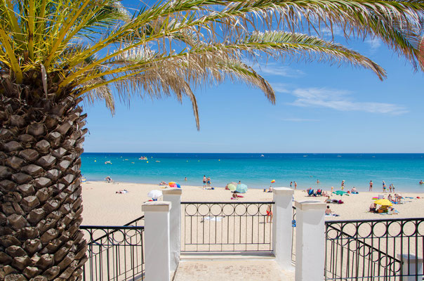 Praia da Luz, Algarve - Copyright Matthieu Cadiou / European Best Destinations