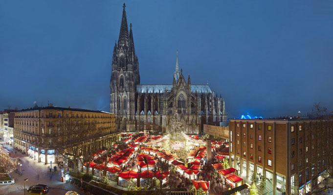 Cologne European Best Destinations - Weihnachtsmarkt_dom©KoelnTourismus-GmbH_Dieter-Jacobi