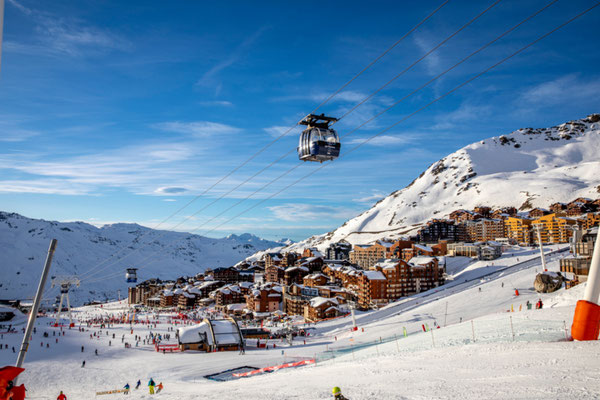 Val Thorens European Best Ski Resorts - Copyright Thibault Loubère