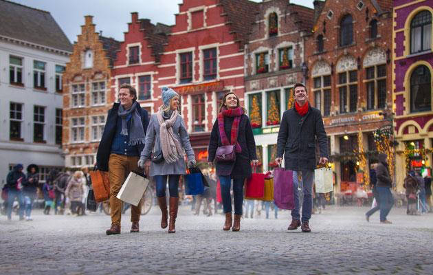 Bruges Christmas market - Copyright JanDHondt