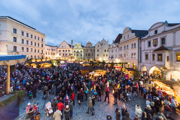 Best Christmas Markets in Europe - Cesky Krumlov Christmas Market - Copyright   © Town Český Krumlov - Photo Lubor Mrázek - European Best Destinations