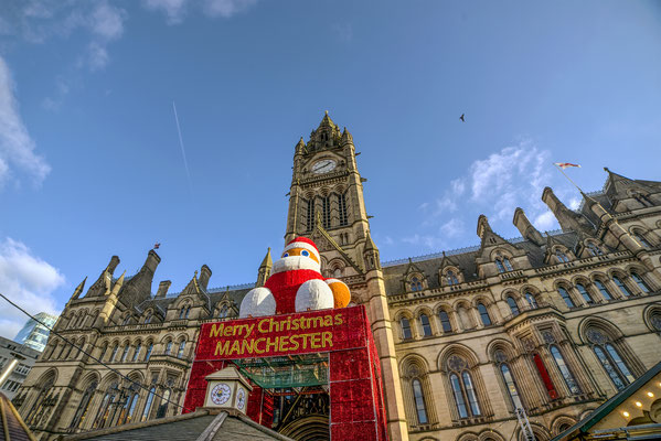 Christmas Markets at Manchester Town Hall - By michaelbarrowphoto