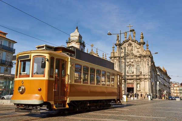 Old tram of Porto - Copyright portumen