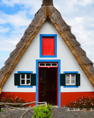 A traditional house in Santana - Copyright Matthieu Cadiou / European Best Destinations