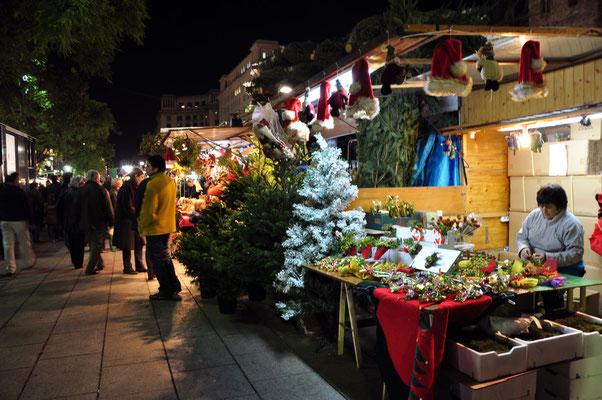 Barcelona Christmas Market Copyright denAsuncioner
