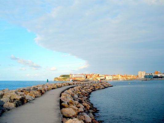 Port of Gijon, Asturias, Spain - Copyright guillermo77