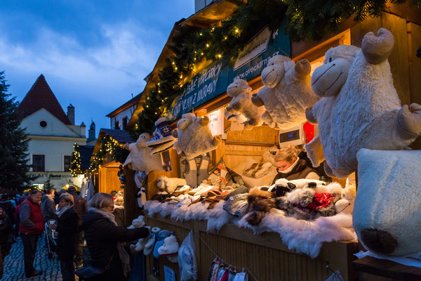 Best Christmas Markets in Europe - Cesky Krumlov Christmas Market - Copyright ©Town Český Krumlov_Photo Lubor Mrázek