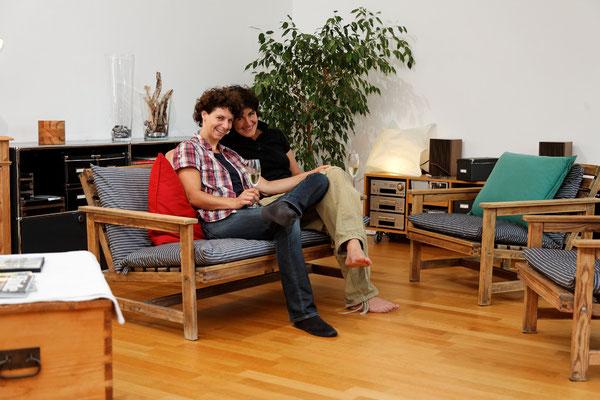Barbara von Arx und Marion Schreiner, Bewegungsschauspielerin und Physiotherapeutin, Rheinfelden, seit 1999 | Barbara von Arx mozgásművész és Marion Schreiner fizioterapeuta, Rheinfelden, 1999-óta.