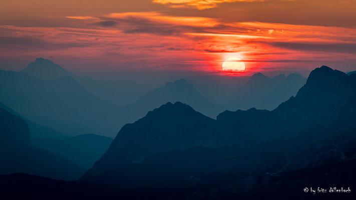 Sonnenaufgang, Dolomiten