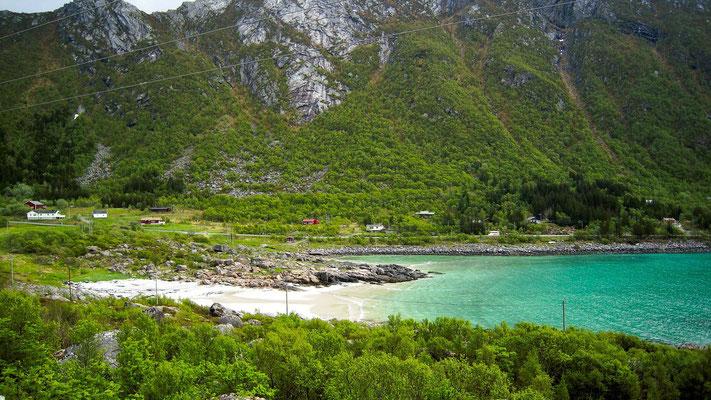 kleiner Strand am Ende des Fjord's