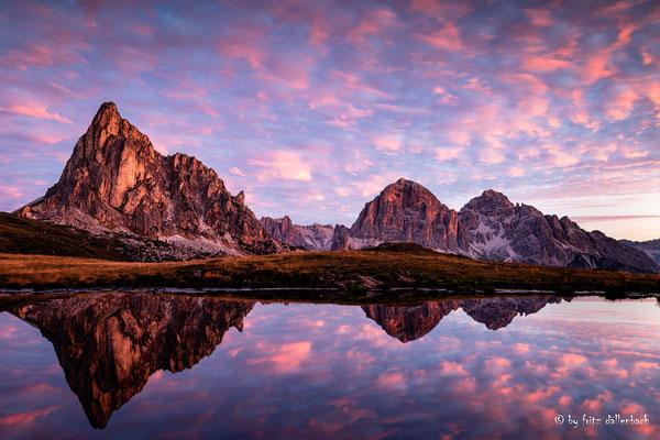 Morgenglühn, Dolomiten