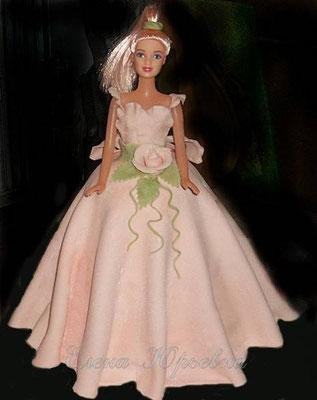 """Торт """"Кукла в светло-розовом"""""""