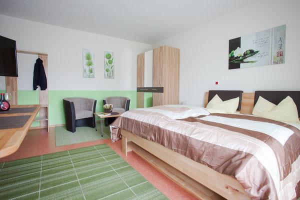 Gästezimmer Weinbau Böcher: Voll ausgestattet für Ihre komfortable Übernachtung in Abtswind